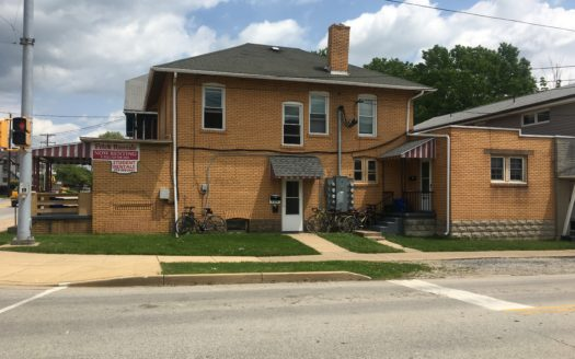 IUP Off Campus Student Housing 793 Maple Street Apt G Indiana PA 15701_2