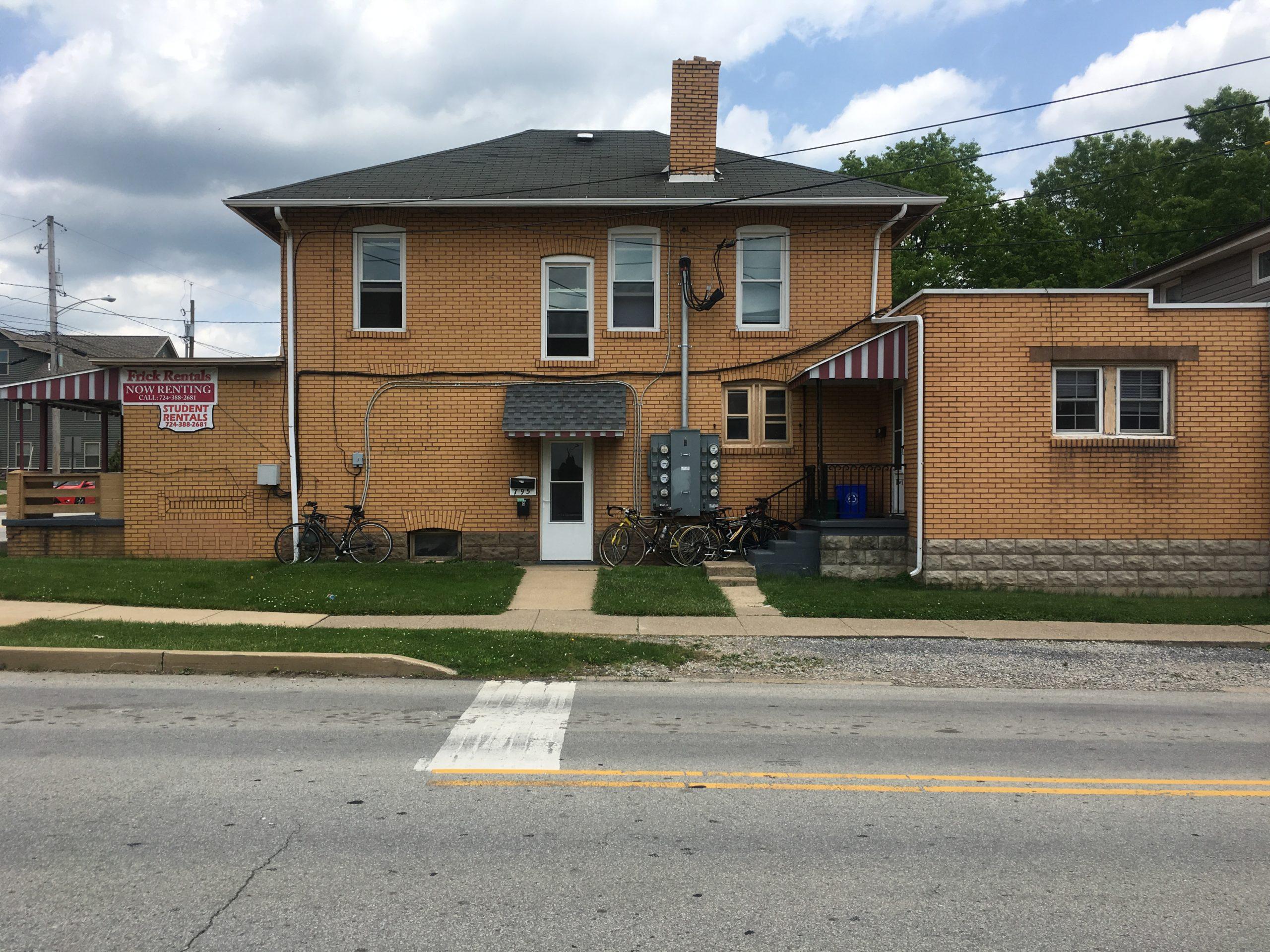 IUP Off Campus Student Housing 795 Maple Street Apt C Indiana PA 15701